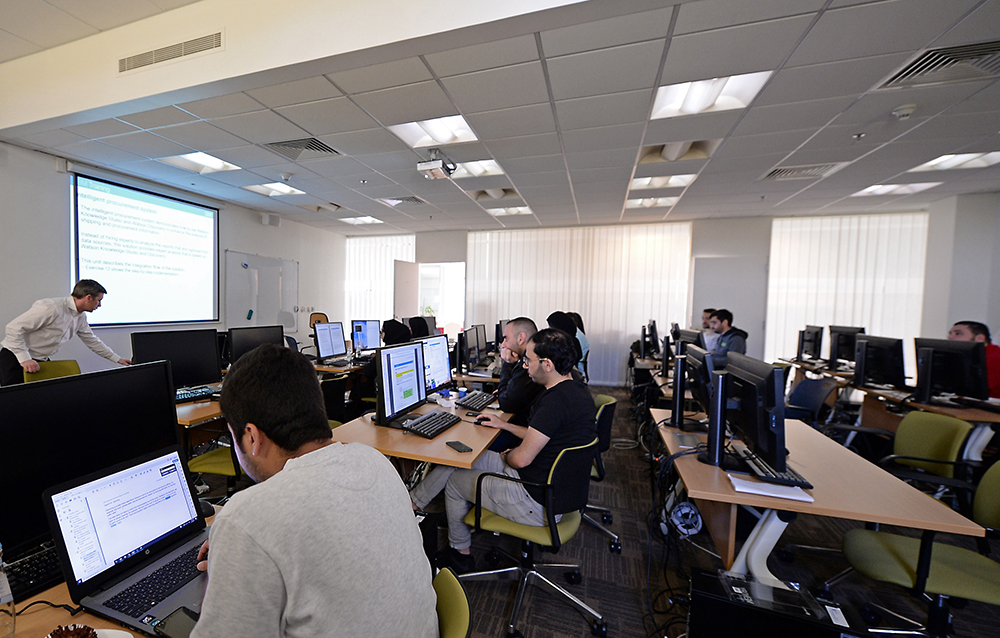College of Science and Engineering Kicks Off Training in...