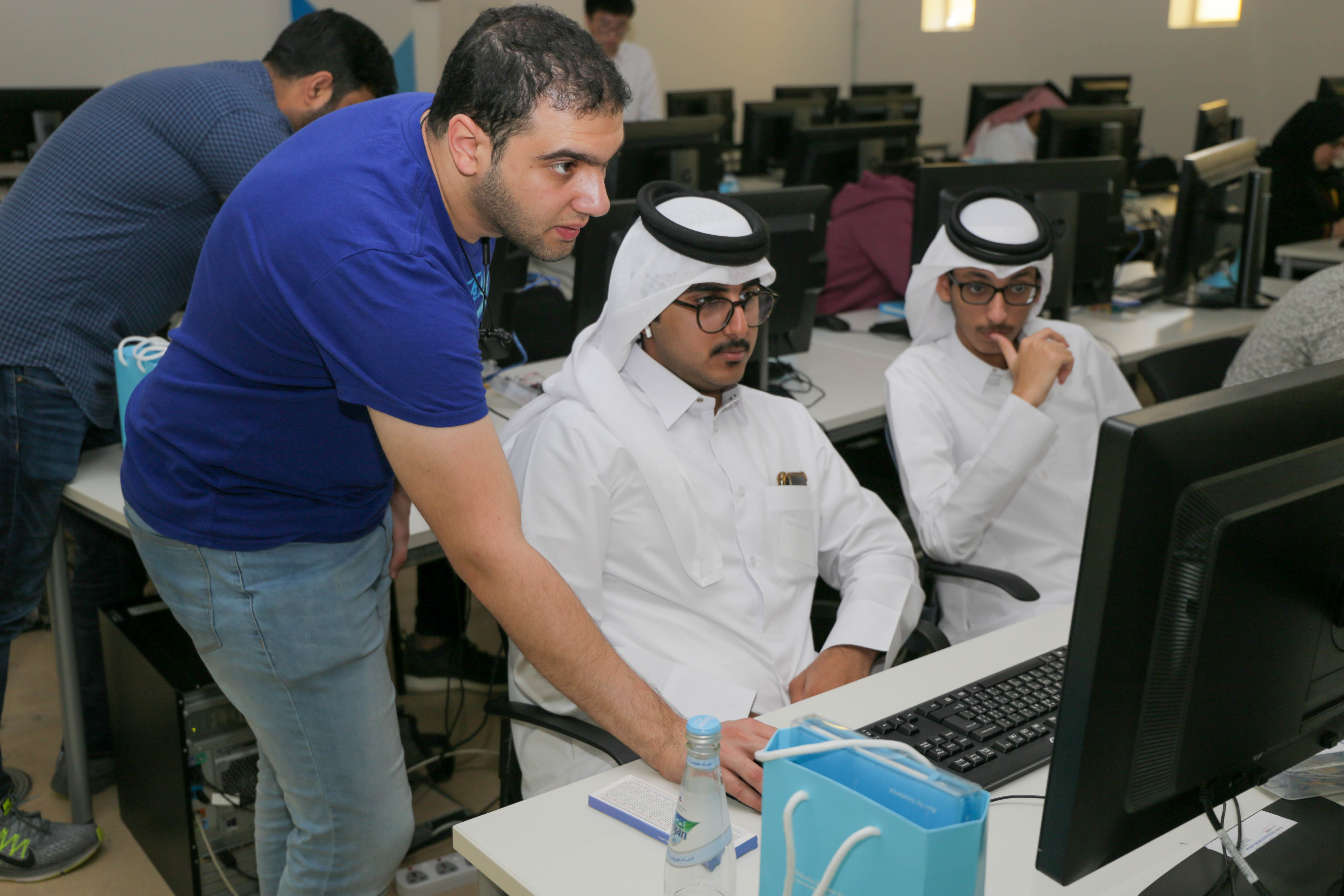 College of Science and Engineering Holds Workshops for...