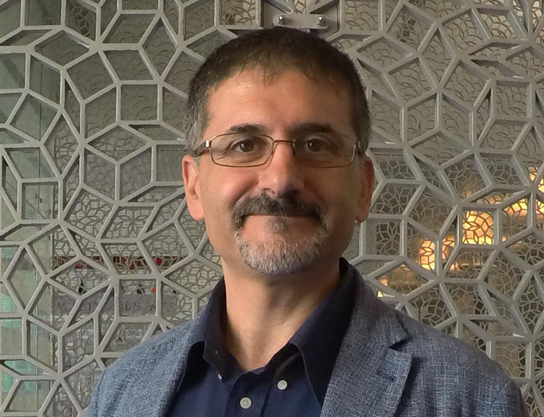 HBKU College of Science and Engineering Professor Wins...