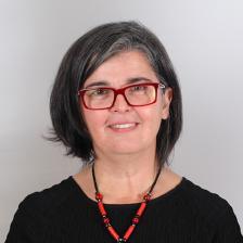 Dr. Josélia Neves
