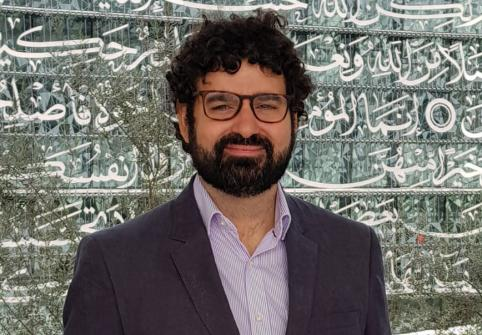 Cyber-Muftis, Digital Fatwas, and the Ongoing Transformation of Religious Authority