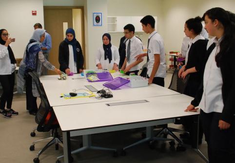 معهد قطر لبحوث الحوسبة ينظم أول مخيم صيفي للحوسبة للصغار