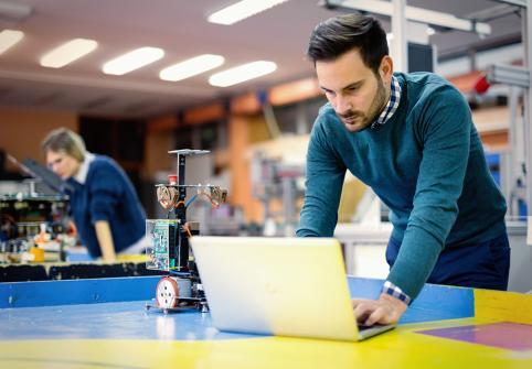 ندوة التعلم الآلي وتحليل البيانات 2020