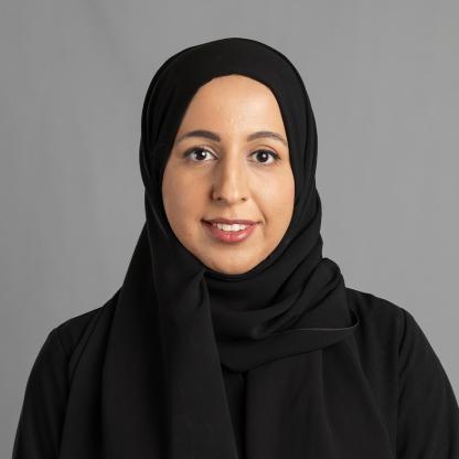 دينا أحمد آل ثاني
