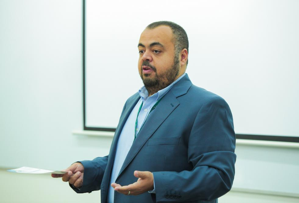 Dr. Mohamed Abdallah, Assistant Professor at the College of Science and Engineering, at previous workshops (archived image).