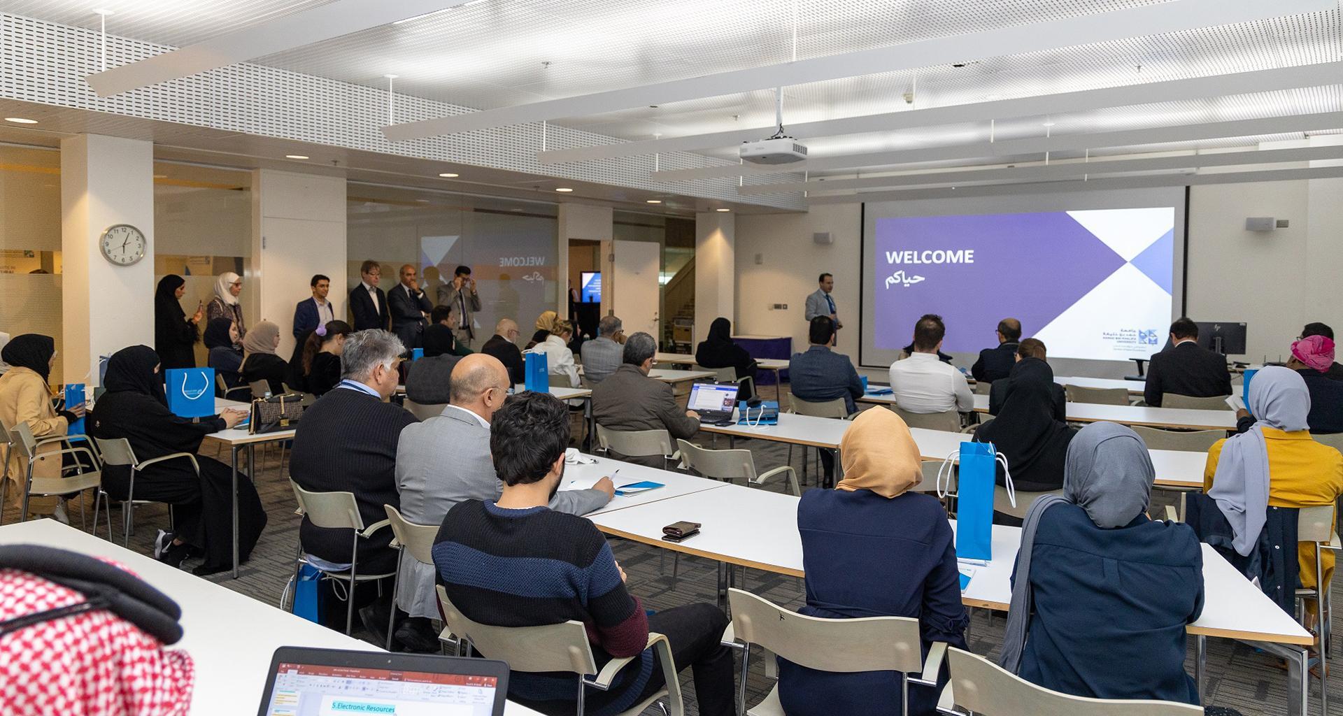 كلية العلوم الإنسانية والاجتماعية تعقد جلسة تعريفية لدفع حملة القبول